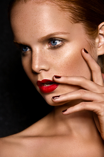 Beautiful Make-up and Professional Nails